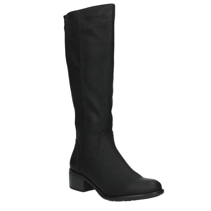 Dámské kozačky mají nadčasový vzhled a kombinace nízkého podpatku a jemného vzorku na podešvi z nich dělá ideální obuv pro každý den. Díky dlouhému zipu se pohodlně obouvají a díky pružení v zadní části se částečně přizpůsobí lýtku. Noste je ke svetrovým šatům nebo ke Slim džínům.