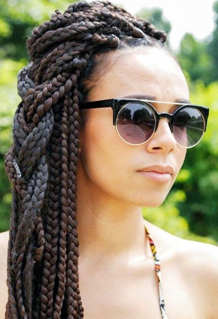 5 Box Braid Styles to Wear This Summer via @ByrdieBeauty