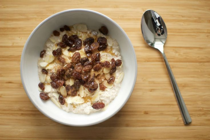 I love breakfast. In fact I could happily live off breakfast foods from AM to PM. There's nothing I crave more than a bowl of Coco Pops/Cinnamon Grahams/any sugar-coated cereal. Though (unfor…