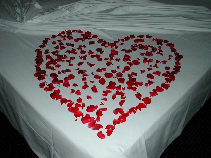 Momenti Romantici... extra service packages - COLOR HOTEL:http://www.colorhotel.it/pacchetti-vacanza-lago-di-garda/momenti-romantici