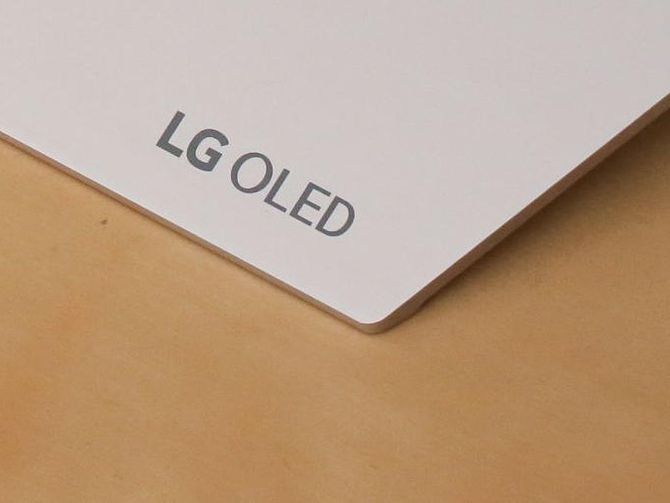 LG OLED TVs don't mess with success in 2018    LG OLED TVs don't mess with success in 2018CNETWhat kind of crazy TVs will we see at CES 2018? It starts with LG's 8K OLEDDigital TrendsLG's 2018 TVs will have Google Assistant built inThe   https://www.cnet.com/news/lg-oled-tvs-dont-mess-with-success-in-2018/