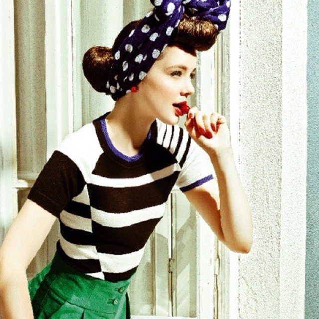 Pinup #colorette #dulcementa: Vintage Hair, Girls Photography, Blue Green, Pinup, Fashion Photography, Vintage Inspiration, Pin Up Girls, Retro Vintage, Vintage Style