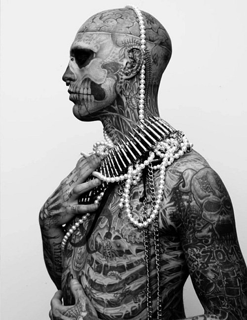 skull and jewels