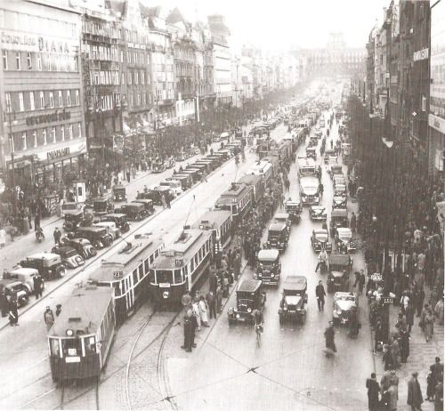 1939 - St. Wenceslas Square