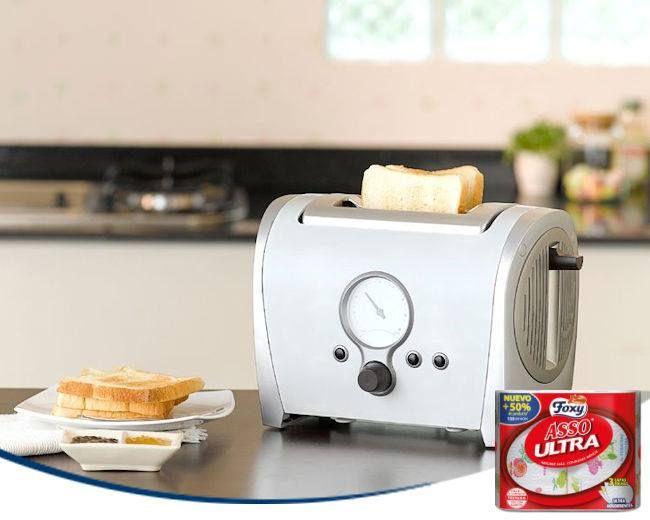 ¿Caben dos rebanadas de pan en tu tostadora? Mételas juntas para que tu sándwich quede crujiente por fuera y tierno por dentro.