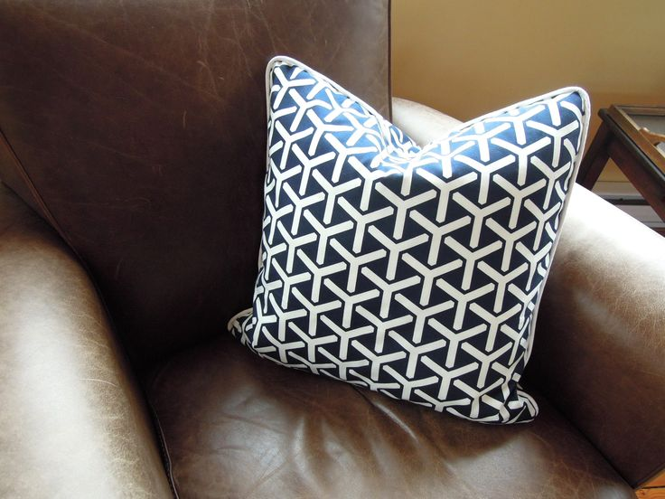 how to make a pillow with a zipper