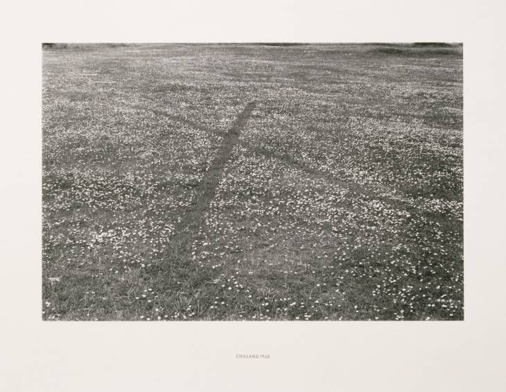 Richard Long: England, 1968. Photograph, black and white, on paper. Dimensions image: 314 x 476 mm. Collection Tate Gallery London. © Richard Long.