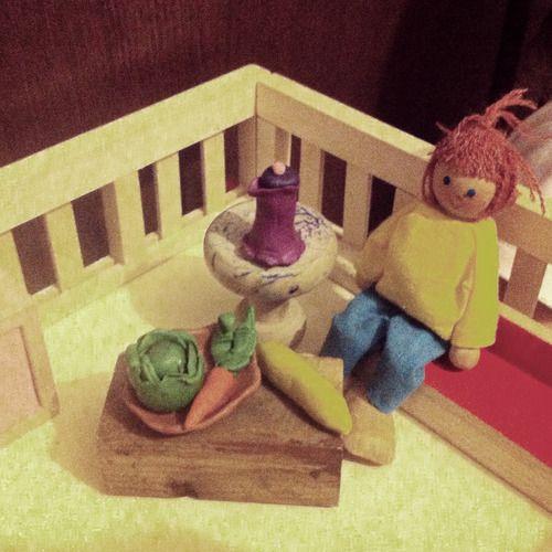 игры с пластилином лепим с детьми миниатюра для кукольного домика из пластилина  #kidscrafts #ka-var-dak #kavardak #fairytale #plasticine #plasticinetoys #playwithkids