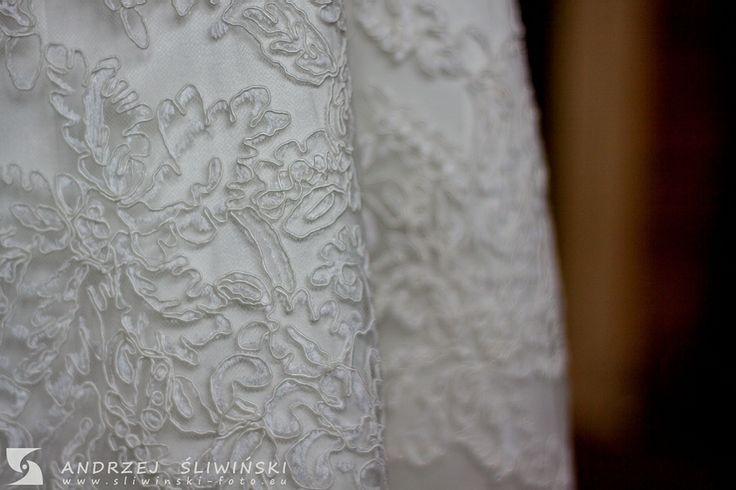 Wedding dress pattern. / Wzór na sukience ślubnej.   Fotografia ślubna.