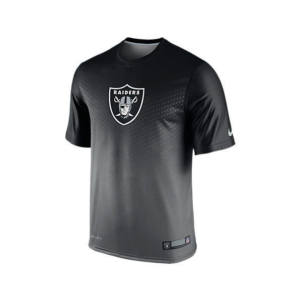 Nike Men's Oakland Raiders NFL Player Sideline T-Shirt, Black (£21) ❤ liked on Polyvore featuring men's fashion, men's clothing, men's shirts, men's t-shirts, black, nike mens shirts, nike mens t shirts, mens polyester shirts, mens polyester t shirts and mens t shirts