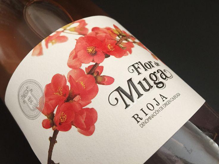 La abuela Aurora legó raices en forma de cerezo japonés. Flor de Muga Rosado.