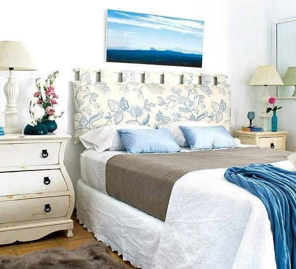 Изголовье кровати из подушки