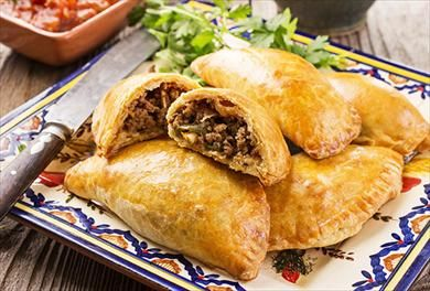 There are as many varieties of empanadas as there are countries in Latin America. In all cases, these hand-pies are made of dough that is filled with a savory or sweet filling. The ones that my grandmother makes are simply divine and I'm sharing the recipe with you here. For more inspiration and tips, visit Orgullosa on P&G everyday today!
