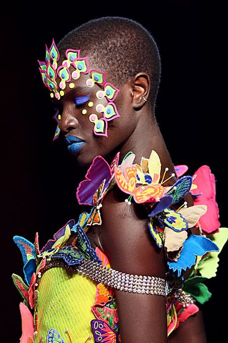 Manish Arora during the Spring/Summer 2008 ready-to-wear... - http://highfashionista.com/manish-arora-during-the-springsummer-2008-ready-to-wear/