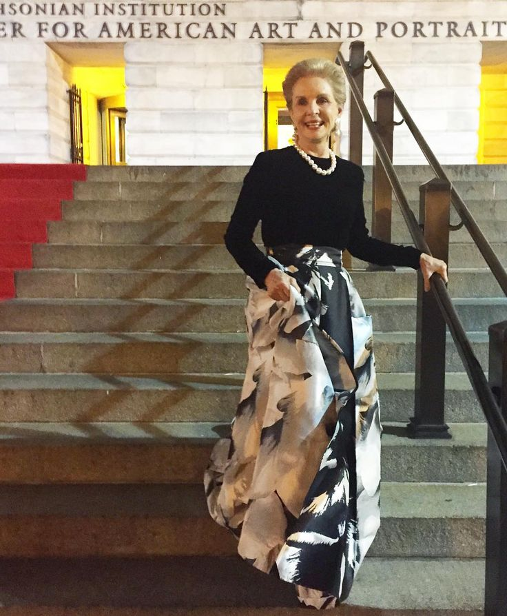 """A Night at The Museum.  #CarolinaHerrera honored @smithsoniannpg with #mayalin…"