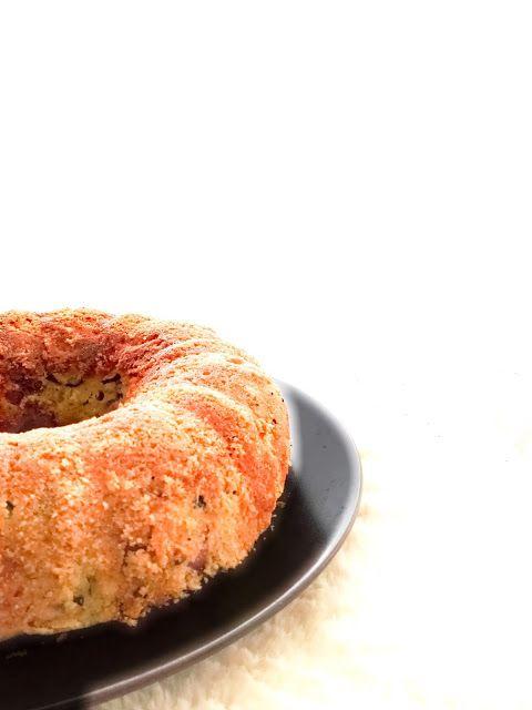 L'Emporio 21: Torta salata con zucchine e sfizi vari