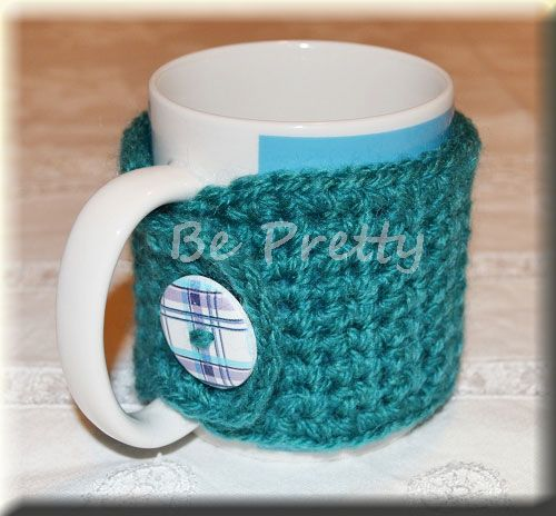 With this cold nothing better than drinking some toasty warm beverages to warm the body and soul! And to help keep drinks warmer for longer here are some mug cozies smile emoticon Hotter drinks and fashion mugs!  #crochet #mugcozy