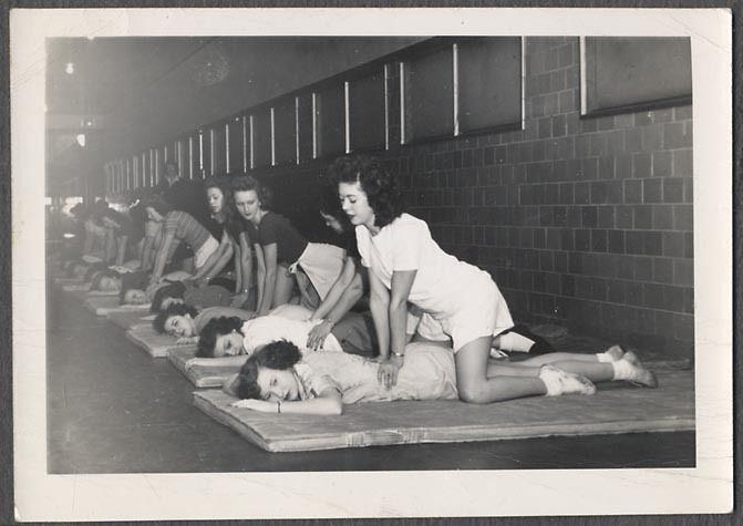 vintage masseuse