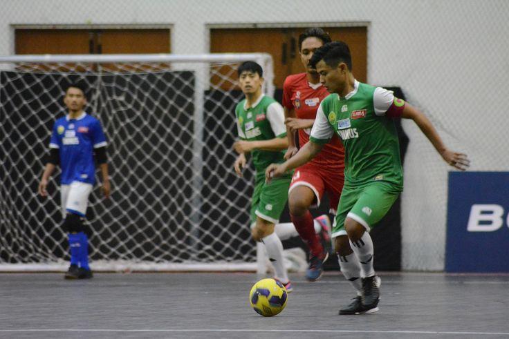 Kedua tim merupakan wakil dari Pul B yang melangkah menuju semi final LIMA Futsal Nationals 2017. Usai laga yang digelar di Sports Center UIN Maliki Malang
