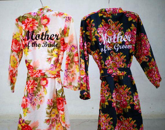 As mães dos noivos vão amar estes robes personalizados que sempre trarão boas memórias!