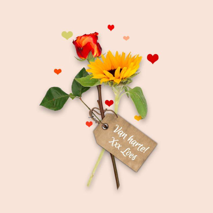 Een vrolijke kaart met bloemen en hartjes waarvan je de achtergrondkleur kan veranderen! Aan de binnenzijde een fotolijstje voor een leuke foto.