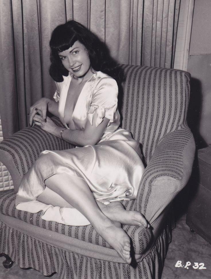116 best images about vintage on pinterest. Black Bedroom Furniture Sets. Home Design Ideas