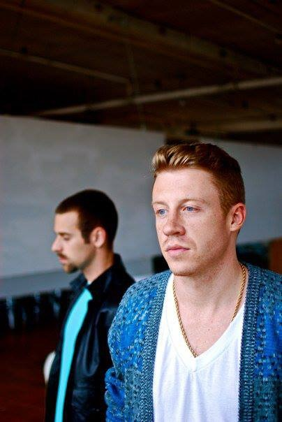 Poor Ryan Lewis, always in the background! But Ben Haggertys not a bad foreground!!! Macklemore <3!