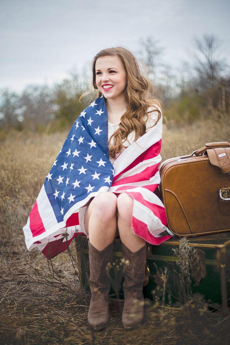Salomon Says Photography || Senior Photography || Denton Photography || Southern Inspired Senior Portraits || Senior Pictures || American Flag Senior Pictures