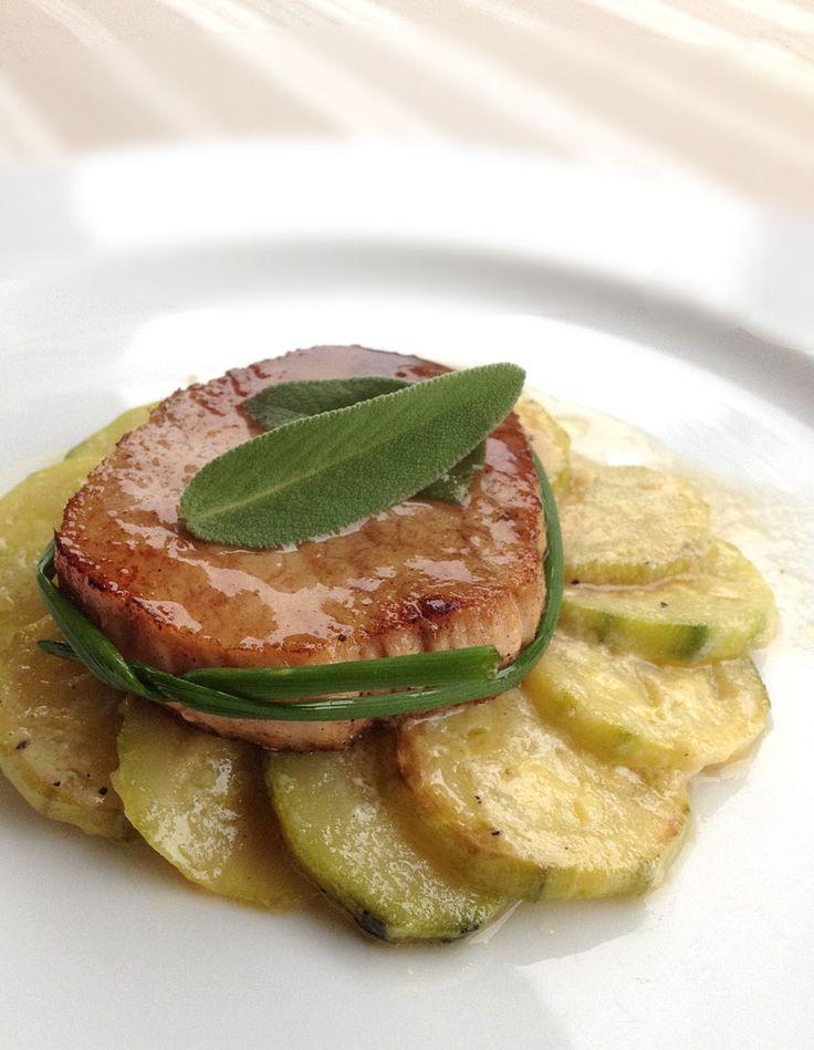 Découvrez la recette Tournedos de veau laqué et courgettes, légère pointe de brousse sur cuisineactuelle.fr.
