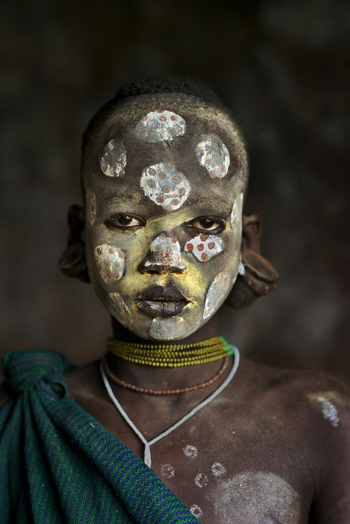 This child from the Suri tribe, was photographed in the Omo Valley, Ethiopia.  NEW BLOG IS LIVE http://stevemccurry.wordpress.com/2014/02/24/children-of-the-omo/  Exhibition at Kunsthalle Erfurt, Germany,  Opens February 21,2014  Beetles & Huxley Fine Photographs London, UK Opens May 12, 2014 Afghanistan