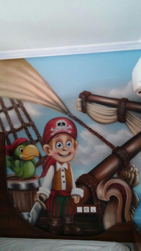 Alojamiento tematico,a 5 min del parque Warner,habitacion tematica pirata,mas info en:volantehostal@gmail.com