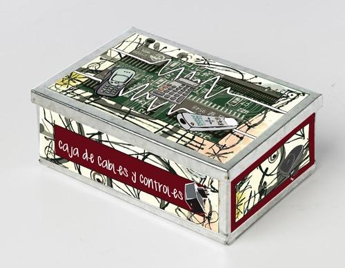 Caja para guardar cables y controles con dise o para decorar tu living o dormitorio for the - Caja para ocultar cables ...