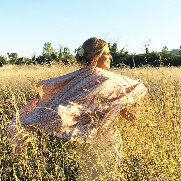 Silk and lace, sun and huge sky and grass up to your neck: wedding in provence - silk kaftan flower of life beige ☀️ ☀️ ☀️ ☀️#lindahering #madewithloveinbaliღ #handmade #silkkaftan #lindaheringkaftan #silk #floweroflife #kaftan #Provence #wedding #bali #accessories #zen #yoga #bohochic #musthave #hippiechic #fashionista  #bohostyle #bohemianstyle #boholuxe #boho #artisanal #bridal #bride #bridalhair #love