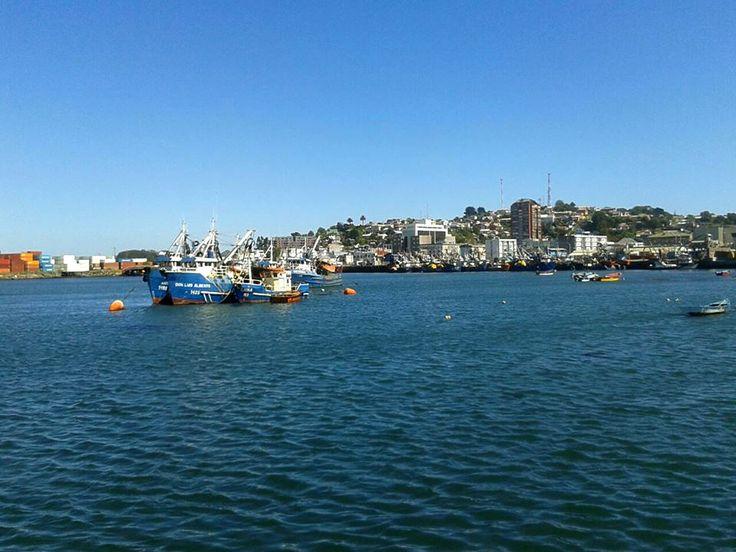 Puerto de Talcahuano. Foto de Vanesa Leiva Navarro.