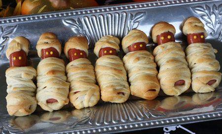 Recetas Halloween http://www.revistacocina.com/receta-para-el-dia-de-halloween-salchichas-momia/