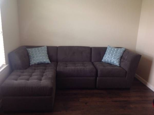 Macy's Gray Sectional- Like New - Contact Us - The Woodlands Tx Classifieds Furniture, For Sale - Living Furniture - Casual on Woodlands Online