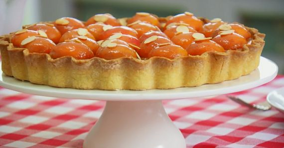 """Mary Berry and Paul Hollywood make a delicious apricot frangipane tart on on The Great British Bake Off Masterclass 2015. Mary says: """"Apricot and almonds are a match made in heaven and this tart makes the most of both of them."""". The ingredients for the pastry are: 225g plain flour, 100g butter, cubed, 50g caster sugar and 1 free-range egg. For the almond filling: 175g butter, 175g caster sugar, 4 free-range eggs, 175g ground almonds, 1 tsp almond extract and 200g apricot jam. For the…"""
