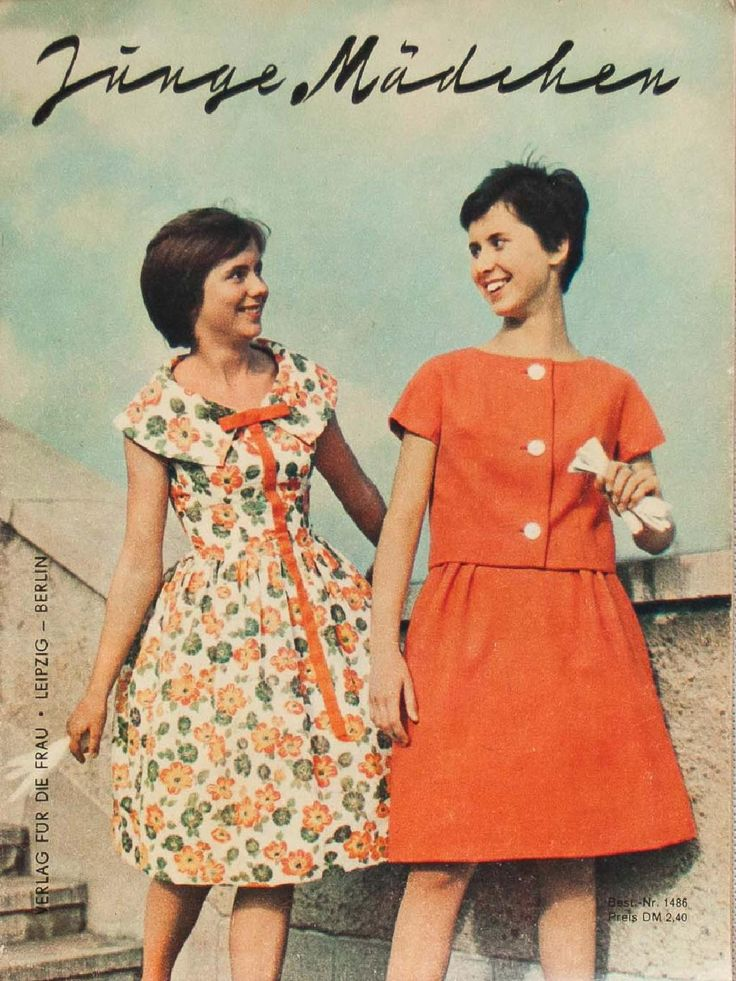 Junge Mädchen  A vintage sewing pattern magazine from my collection. Full scan. 1960s fashions for girls. See more on www.robot-heart.blogspot.com