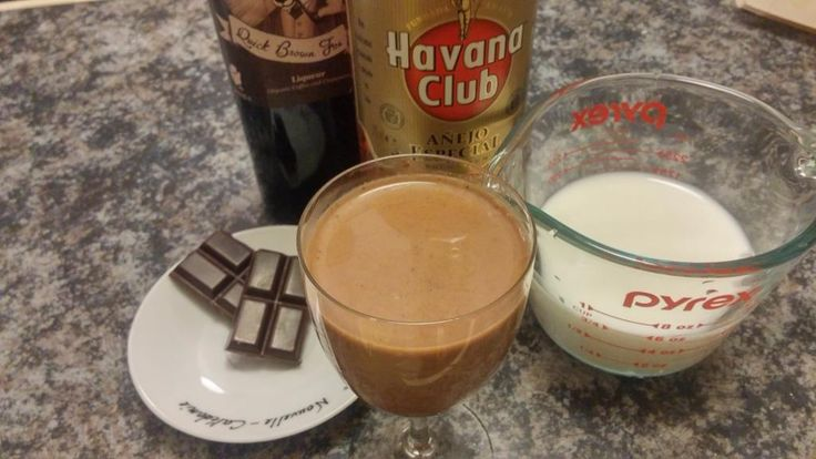 @howbazaar Choc ganache (double boil choc and cream), then add QBF and rum, then add hot milk.