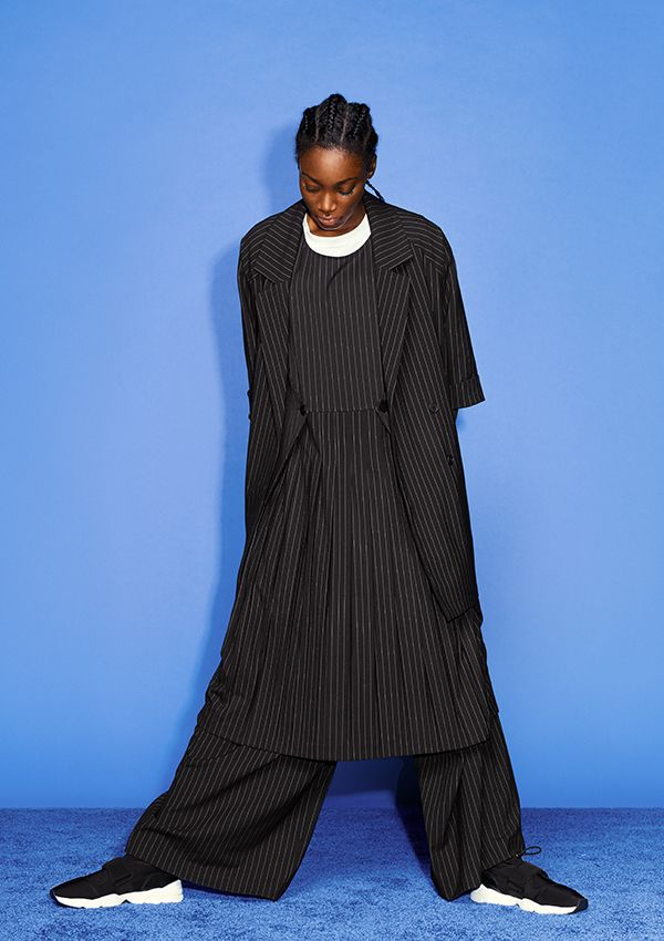 A piece designed for Monki's 10 year B-day collection, this pleated and pinstriped beauty is all about classic lines and perfect details.