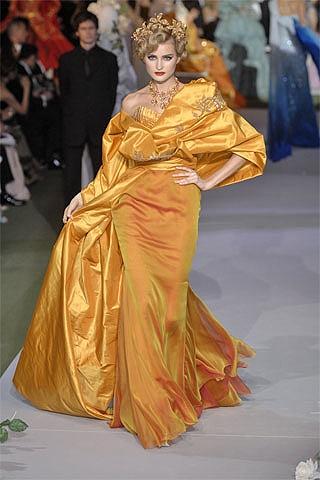 Christian Dior Autumn/Winter 2007-8 Couture