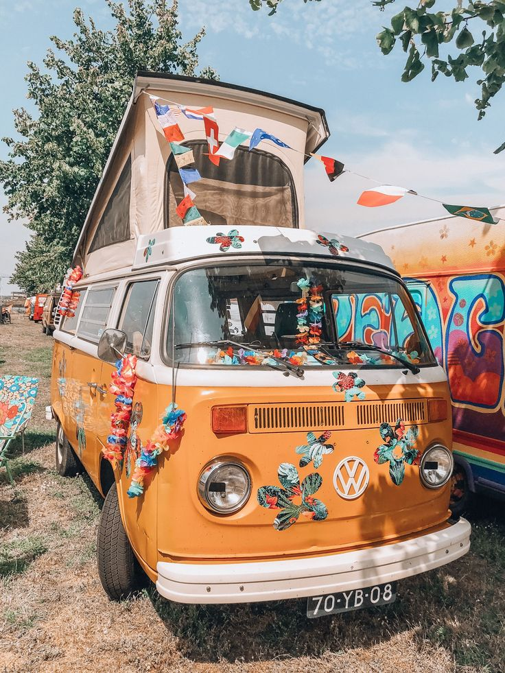 Hippie VW busses #hippie Tired of all those expens…