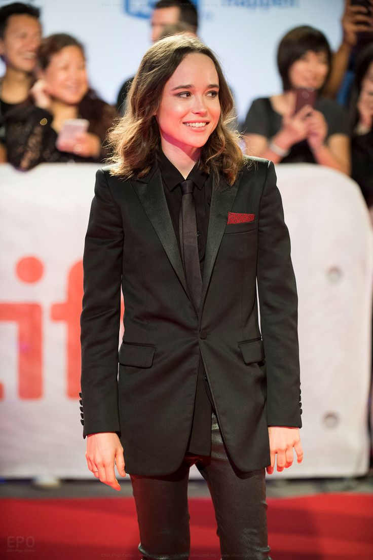 Friday's female celebrity of the day is Ellen Page. Because sometimes we've all got to remember just how small and good Ellen Page is! This is the twenty second time she's been FCOTD.