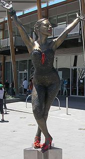 Bronze statue of Kylie Minogue at Waterfront City, Melbourne Docklands
