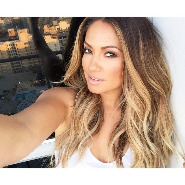 """""""Natural Beachy waves done by me  and makeup by my friend @taniamariamua and great lighting from downtown LA ☀️"""""""