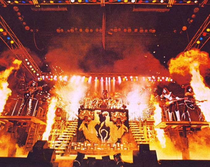 Kiss Alive Ii 24 X 36 Plein Stade Tourne Poster Reproduction
