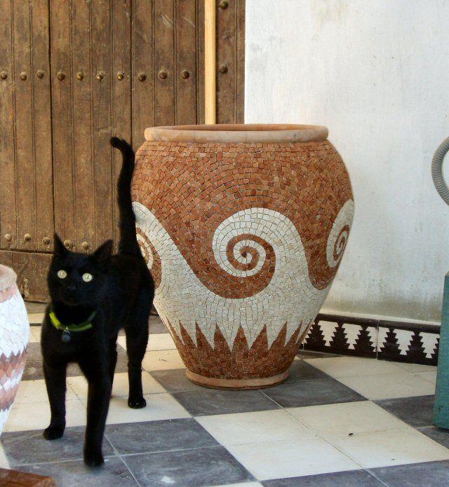 Roman Mosaic Garden pot planter