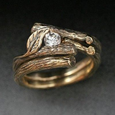 I am absolutely in love with this ring.