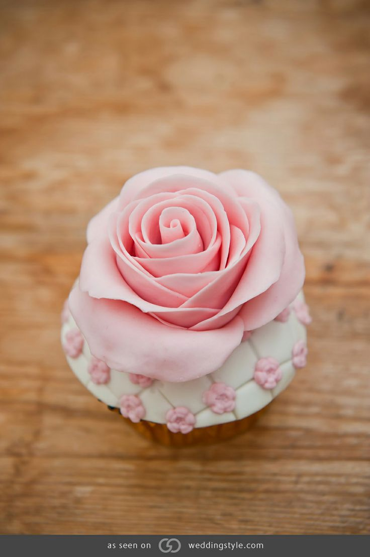 1000+ images about Cakes and Cupcakes! on Pinterest