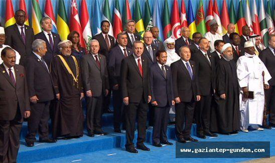 İslam İşbirliği Teşkilatı toplantısında aile fotoğrafı